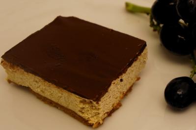 Crembo Lotus Cake1